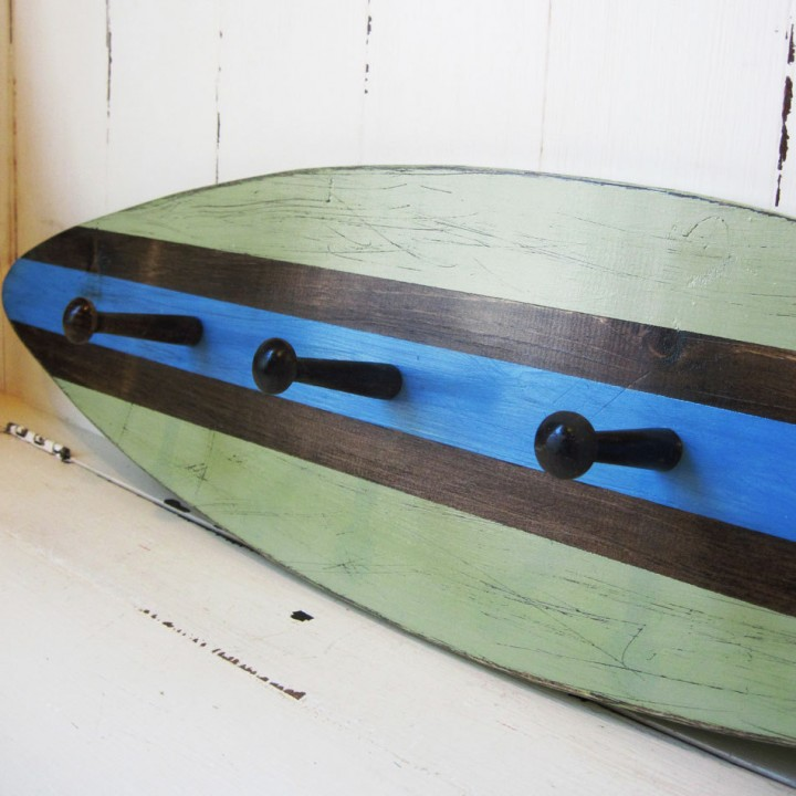 shaker peg surf art