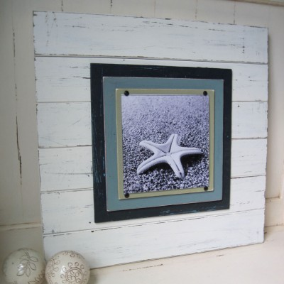 x-tra large distressed plank frame 2