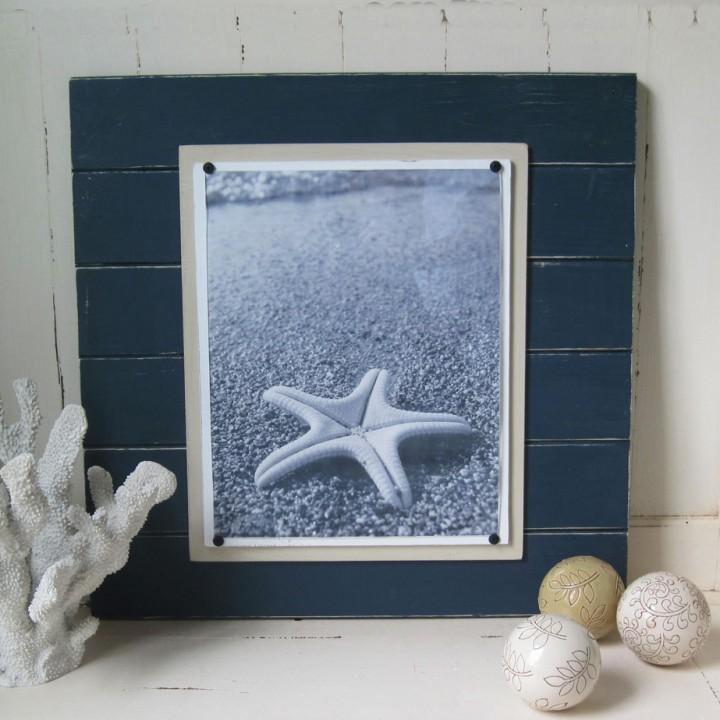 dark teal plank frame