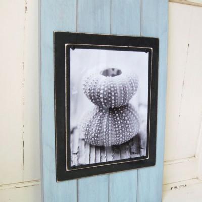 seafoam and black plank frame